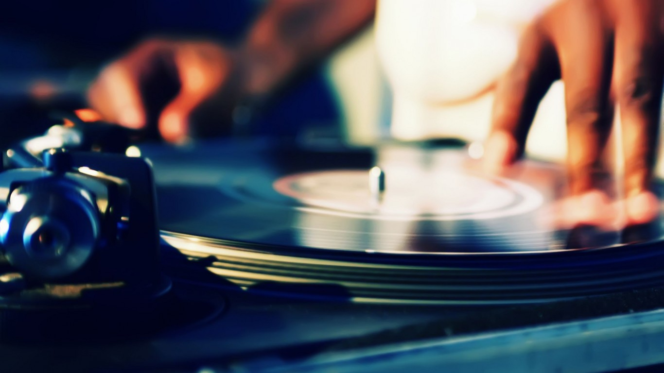 Dj  Turntables  Record  Hands  Music